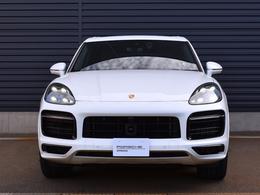 パノラマルーフシステム LEDマトリックスヘッドライトブラック PDLSPlusを含む スポーツデザインパッケージ ブラック塗装仕上げ(ハイグロス)