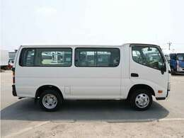◇車両は丁寧に洗車・室内クリーニングをしてから納車いたします。