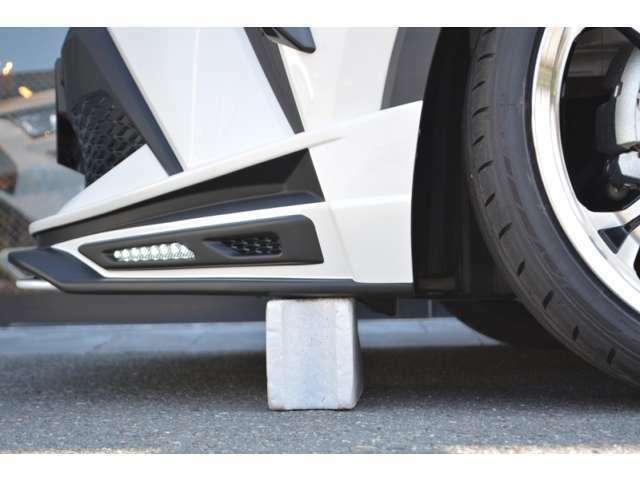 ■バックからの駐車もご安心を■当社販売車両は、一般的な車輪止めの高さ(13cm)以上のクリアランスを確保しております!(※一部車種・車高調装着車は除く)立駐のスロープも問題なく利用出来ますのでご安心を!