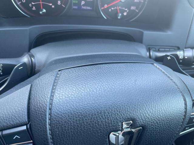 パドルシフト付き!シフト操作でもエンジンブレーキを掛ける事が出来ますが、ハンドルから手を放す事無く、ミッション変速操作が手元で行えるので、便利になります☆マニュアル車感覚で、運転を楽しむ事が出来ます!