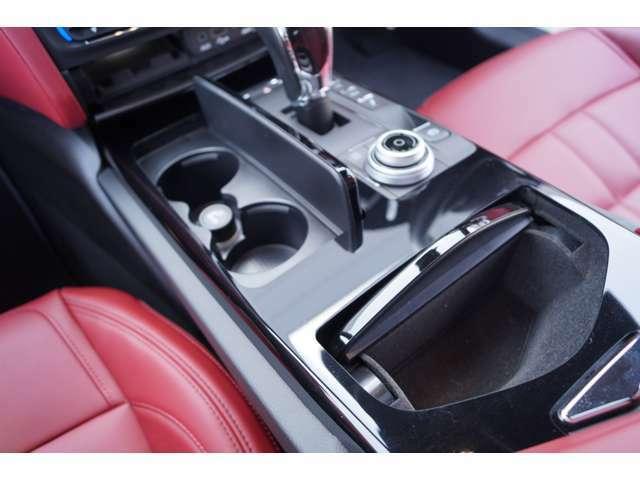 高年式車輌にはMaseratiディーラーのみがご提供できる、サーティファイドプレオウンド(有料保証)をお付けできます。全国のMaseratiディーラーにて保証対応可能となっております。無料電話0066-9711-843042まで。