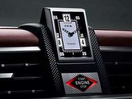 """そして、車内に輝くフランスの高級時計""""B,R,M""""・・・(続く)"""