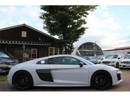 アウディのフラグシップスポーツカー、アウディ「R8」!