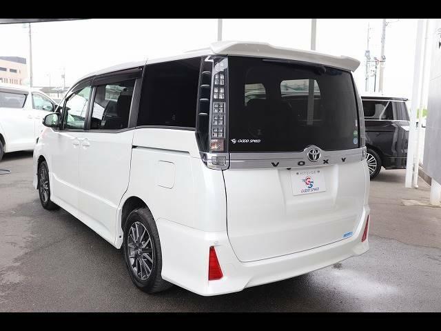 北海道から沖縄までの遠方登録ご納車の実績がございますの、安心してお問い合わせ下さい。県外ご納車経験豊富なスタッフがご対応させていただきます。