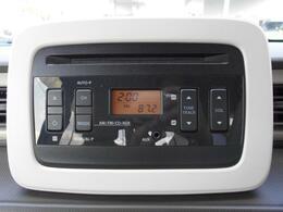 純正のCDプレーヤーも付いています。運転中はお好きな音楽やラジオもお聞きいただけます♪