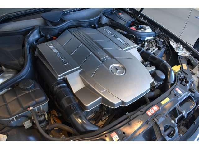 5.4リッターV8エンジン!このような車も少なくなりました。ぜひこの機会にお求め下さいませ!全国ご納車承ります!気軽にお申し付けくださいませ。また、