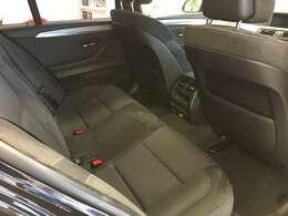 ワンオーナー純正HDDメーカーナビCD/DVD/フルセグTV/Bluetooth/AUXBMW純正ドライブレコーダー前後障害物センサー電動サイドブレーキ新車時保証書アイドリングストップ