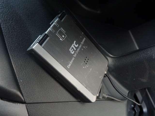 ETC車載器装備!料金所での支払いがとてもスムーズになります!遠出する時の必需品!