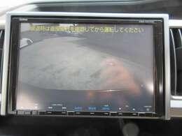 純正ギャザーズ9型ナビ付き♪ 広角のバックカメラが採用されており、駐車の不慣れな方でも安心ですね♪