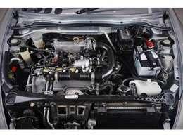 <ターボエンジン>ゴム類のパーツも硬化や劣化も少なく、良いコンディションが保たれております。ターボエンジンの車では楽しみの一つでもあるブローオフサウンドもお楽しみ頂けると思います。
