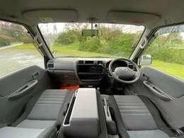 綺麗な室内!ワゴン車でここまで綺麗な中古車はなかなか無いです!