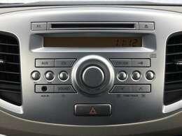 【純正CDオーディオ】使いやすいオーディオす!ナビゲーションの取り付けも行ってますので、お気軽にご相談下さい。