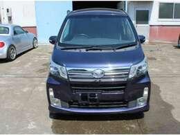 (メンテナンス) タイヤ交換、エンジンオイル交換、国産タイヤ、輸入タイヤどちらも取り扱いございます。
