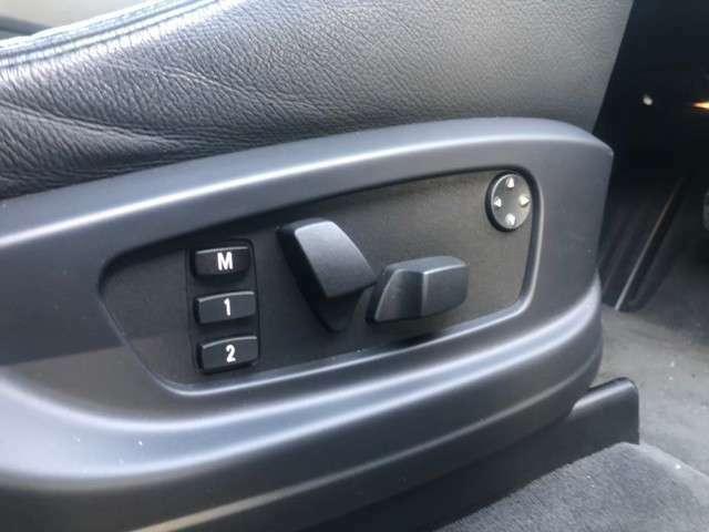 メモリーシートだから運転者にベストマッチなポジション確保