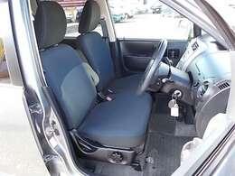 フロントシートのコンディションも良好です!青色のシートが引き締まってかっこいいです♪♪お問い合わせはお気軽に0120-03-1190.sankyo8585@net.email.ne.jp☆