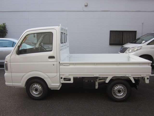 新車をお考えの方必見!届出済未使用車ですので、内外装とても綺麗です!是非とも一度ご覧ください!