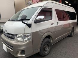 トヨタ ハイエース 2.7 グランドキャビン 4WD バックカメラETC付