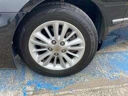 自動車保険もお任せください!(損保ジャパン取扱い)タイヤからカー用品までご対応致します。