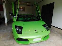 当店は、輸入車だけでなく、国産車も取り扱っております。ぜひいろんなお車を見ていただき、お客様の気に入ったお車をお探しください。