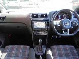 「Volkswagen純正ナビゲーションシステム」・「バックカメラ」・「ETC2.0」装着車両。