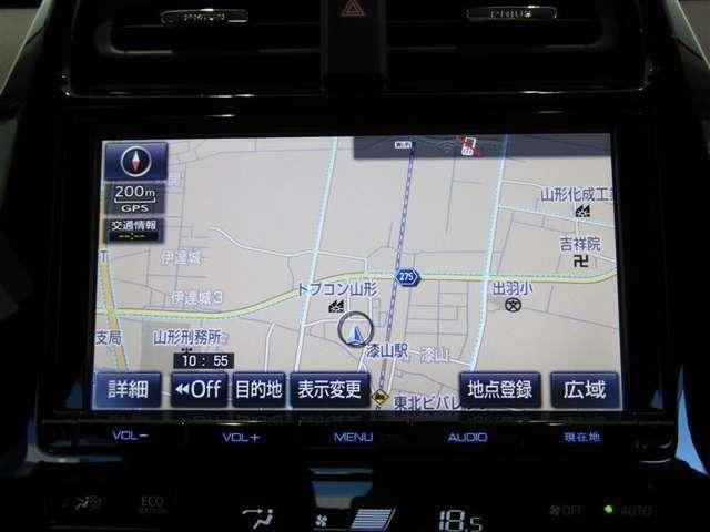 トヨタ純正ナビDSZT-YC4T富士通テン製です。