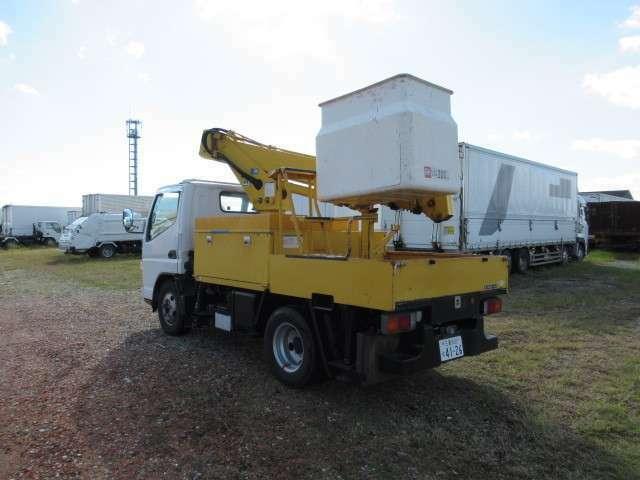 県下最大級のトラック専用工場完備!アフターサービスも安心。レッカー作業も承ります。在庫多数!気になる事がありましたら、お気軽にご相談ください!