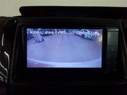 ■ 装備2 ■ カラーリアカメラ(バックモニター)搭載