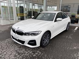 BMW 3シリーズ 330e Mスポーツ PHEV 弊社試乗車
