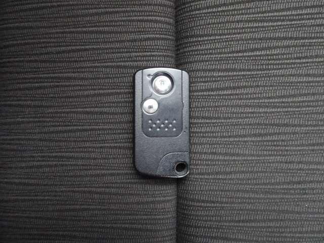 鍵の開け閉め、エンジンのスタートが簡単にできるスマートキーです。