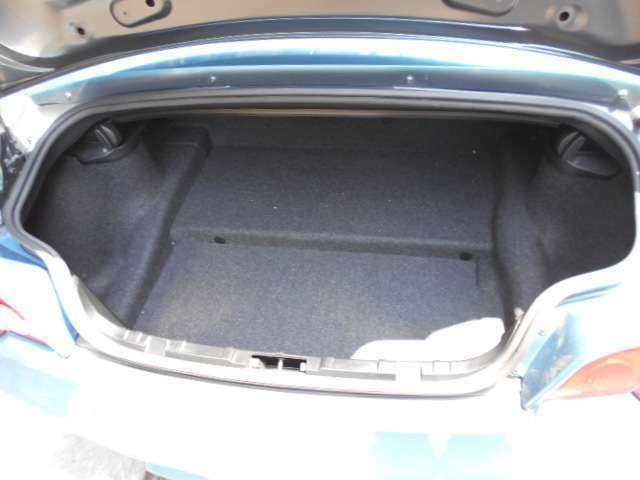 トランクの容量も、Z3よりも大きいです。