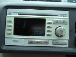 ★純正CD付きです♪またお客様のライフスタイルにあった各種ナビ&TV・ドライブレコーダーなど付ける事も出来ます♪是非一度ポイント5鈴鹿店にお問い合わせ下さい♪用品の販売や取付もお値打ち価格で実施中