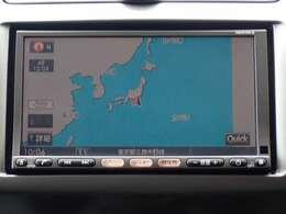 純正HDDナビ(HS310D-A)付だから初めての場所へのお出かけも安心。地デジTVが見られDVDが再生出来ます。