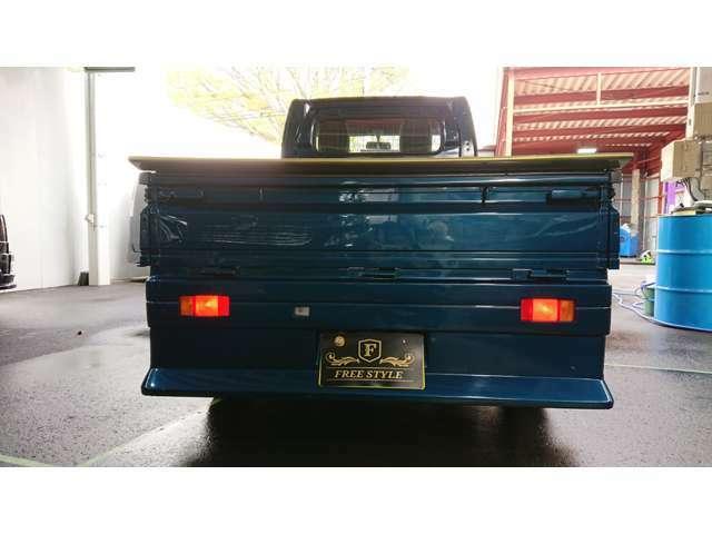 ※カスタム車両の為、必ず現車確認をお願い致します。お気軽にお問合せ下さい!!当店の店舗詳細は「FREE STYLE」のホームページhttps://lllfreestylellll.storeinfo.jp/までアクセス下さい!!