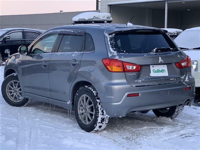展示場はロードヒーティング完備です!雪の日も足元を気にせず快適にお車ご覧いただけます♪