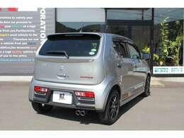 ・HIDヘッドライト・フォグランプ・オートライト・エンジンプッシュスタートボタン・スマートキー・衝突軽減ブレーキ・アイドリングストップ・電動格納ミラー・インタークーラーターボ・4WD