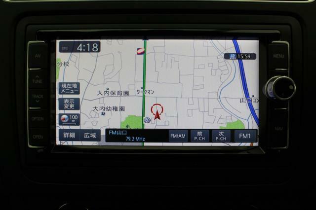 VW純正ナビ「714SDCW」はナビ機能はもちろん、ミュージックキャッチャー機能、Bluetooth機能等多機能です。
