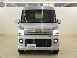 ディスチャージヘッドライト&フォグランプ 悪天候や夜道のドライブをサポートします。