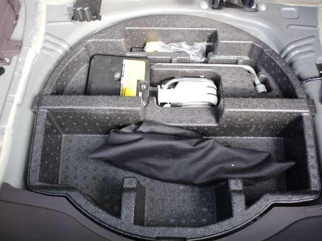 ★リアラゲッジスペース★応急工具&パンク修理キットは完備しています