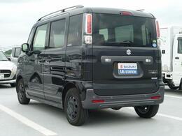 ハイブリッド機能を搭載しており、燃費向上に役立っています。