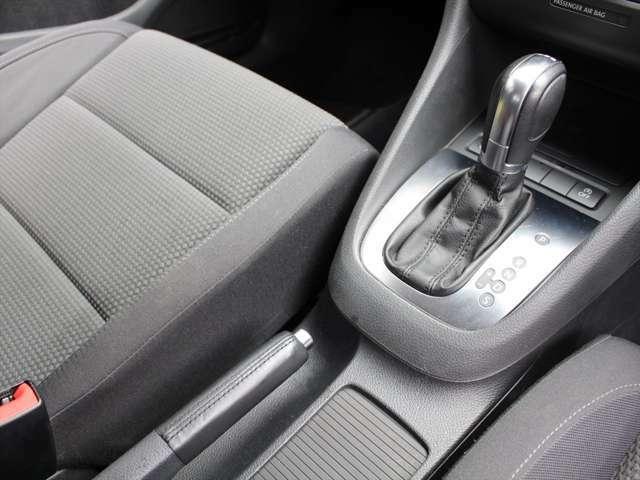 燃費、パワーのバランスに大変優れたお車です。