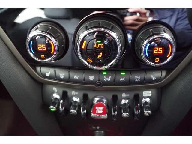 ★2ゾーン・オートマチック・エア・コンディショナー★フロントシートヒーター★MINIドライビングモード★沢山ボタンが付いてます!使いこなして貴方もMINIマスター