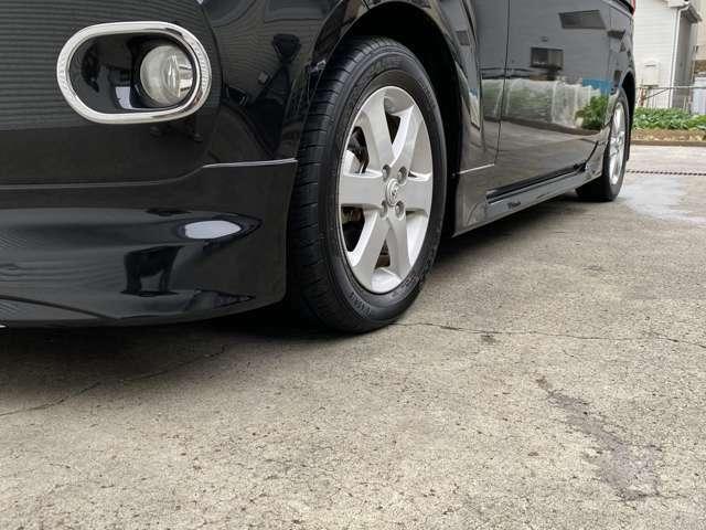 車高は純正の高さなので、このまま車検も問題御座いません。※エアロが映えるようにローアングルで撮影しております。
