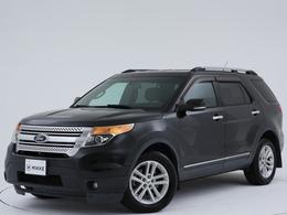 フォード エクスプローラー XLT 4WD ユーザー様買取車両