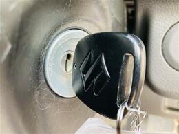 【 リモコンキー 】スイッチで鍵の開け閉めができます♪
