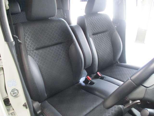 フロントシートもキレイです!