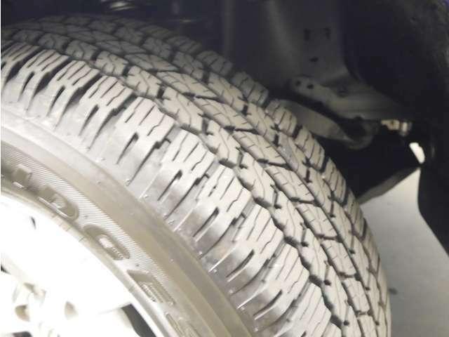 「タイヤ」タイヤサイズは265/65/R17 銘柄は「ブリヂストン デューラーA/T」です