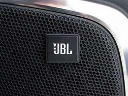 新車時高額オプション!JBLプレミアムサウンド!高音質な『プレミアムサウンドシステム』17スピーカー完備!メーカーSDナビ!地デジ&DVD再生機能付!