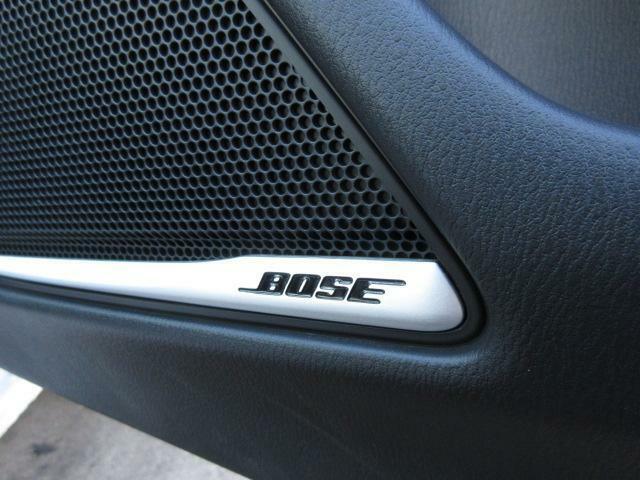 BOSEサウンドシステム搭載☆BOSE社と共同開発により車種専用チューニングが施されています♪良質なサウンドでお好きな音楽をどうぞ☆