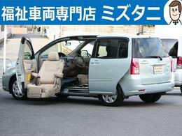 トヨタ ラウム 1.5 ウェルキャブ 助手席リフトアップシート車 Bタイプ 車イスクレーン リフトアップ専用リモコン