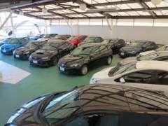 一部車両を除き、3ヶ月走行距離無制限の保証が車両価格に含まれております。万が一の時にも安心です!